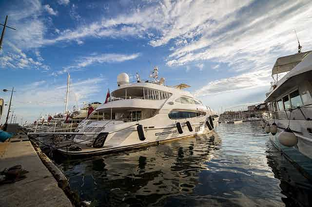 yacht cannes