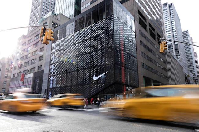 Viva rural ola  Nike's new NYC store raises the bar for customized shopping experiences |  Econsultancy